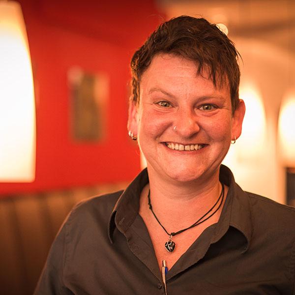 WEINSTARK Corinna Duffner die Sommeliére